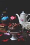 Cupcake met mini-Harten Stock Afbeeldingen