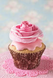 Cupcake with rose flower Royalty Free Stock Images