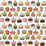 Cupcake seamless pattern. Doodle cupcake seamless pattern background, vector illustration Royalty Free Stock Photo