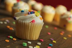 Cupcake with sprinkles Royalty Free Stock Photography
