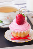Cupcake with strawberry Royalty Free Stock Photos