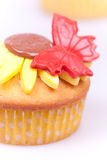 Cupcake with sunflower Royalty Free Stock Photos
