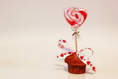 Cupcake with valentine heart Royalty Free Stock Photos