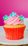 Cupcake. On the wood table Royalty Free Stock Photo
