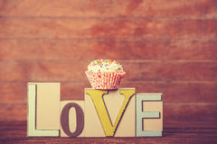 Cupcake and word Love Royalty Free Stock Images