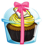 A cupcake with a yellow icing Royalty Free Stock Photography