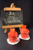 Cupcakes με την κόκκινη βουτύρου κρέμα Στοκ Φωτογραφίες