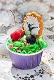 Cupcakes με το μελόψωμο στοκ εικόνα με δικαίωμα ελεύθερης χρήσης