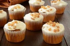 Κέικ καρότων cupcakes Στοκ φωτογραφία με δικαίωμα ελεύθερης χρήσης