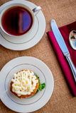 Παγωμένο κέικ καρότων τυριών κρέμας cupcakes Στοκ Εικόνες