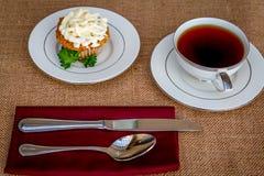 Παγωμένο κέικ καρότων τυριών κρέμας cupcakes Στοκ Εικόνα