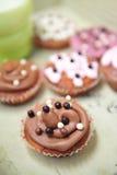 Cupcakes en melk Royalty-vrije Stock Afbeelding