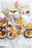 Cupcakes filled with fresh fruits and marshmallows Royalty Free Stock Photo