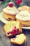 Cupcakes met een kers Stock Afbeelding