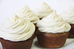 Cupcakes met het berijpen upclose stock afbeeldingen