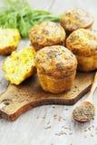 Cupcakes met kaas, dille en komijn Stock Foto's