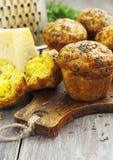 Cupcakes met kaas, dille en komijn Royalty-vrije Stock Foto's