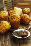 Cupcakes met kaas en komijn Stock Afbeeldingen