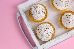 Cupcakes met slagroom Stock Foto's