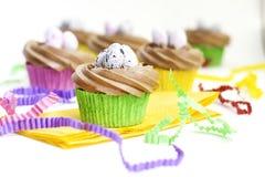 Cupcakes met Suikerglazuur Stock Afbeeldingen