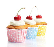 Cupcakes met verse kers Royalty-vrije Stock Foto's
