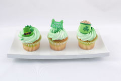 Cupcakes in plaat Stock Foto
