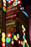 Cupcakes, Roomijs, en Koekjes, Mijn Oh! stock afbeelding