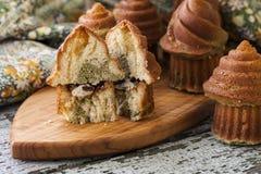 Cupcakes with white chocolate and green tea matcha Stock Photos