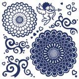 Διάνυσμα που τίθεται με τα μεγάλους λουλούδια, cupid και τους κυλίνδρους. Στοκ εικόνες με δικαίωμα ελεύθερης χρήσης
