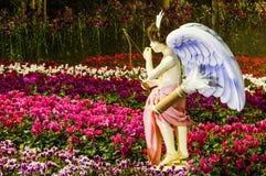Cupido in de tuin Royalty-vrije Stock Foto
