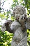 Cupido decorativo che gioca la scultura del violino Fotografia Stock Libera da Diritti