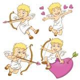 Cupido pequeno bonito em um fundo branco Fotos de Stock Royalty Free
