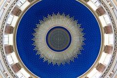Cupola blu di una chiesa di nouveau di arte Immagini Stock