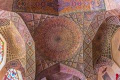 Cupola del soffitto di Nasir Al-Mulk Mosque Fotografia Stock Libera da Diritti