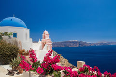Cupola della chiesa di Santorini, Grecia Immagine Stock Libera da Diritti