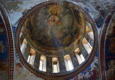 Cupola della chiesa di trinità santa in Kazbegi Immagine Stock Libera da Diritti