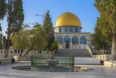Cupola della roccia nella vecchia città di Gerusalemme Fotografia Stock