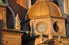 Cupola dorata del castello di Wawel Immagini Stock Libere da Diritti