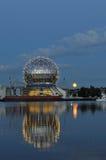 Cupola geodetica del mondo di scienza Immagini Stock Libere da Diritti