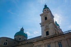 Cupole con gli incroci della cattedrale di Salisburgo, Salisburgo, Austria Immagine Stock Libera da Diritti