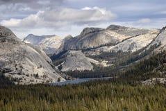 Cupole del lago e del granito Tenaya Fotografia Stock