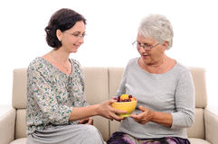 Cura della persona anziana Fotografie Stock