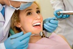 Curación de los dientes fotos de archivo