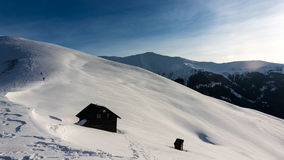 Curatel在Rodnei山的山客舱,罗马尼亚 库存照片