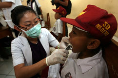 Cure odontoiatriche immagine stock libera da diritti
