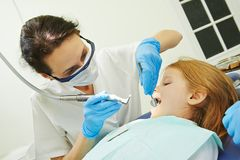 Cure odontoiatriche del bambino Immagine Stock Libera da Diritti