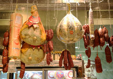 Cured meat, salami and cheeses in Italian store in New York Royalty Free Stock Photos