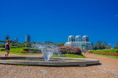 CURITIBA, BRAZILIË - MEI 12, 2016: de botanische tuin werd gecreeerd met Franse stijltuinen en zijn gebied bezet 240000 Stock Afbeelding