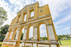 CURITIBA, PARANA/BRAZIL - 28 ΔΕΚΕΜΒΡΊΟΥ 2016: Bosque κάνει το πάρκο Alemao Στοκ Εικόνες