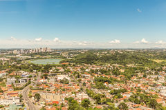 CURITIBA, PARANA/BRAZIL - 27 DE DEZEMBRO DE 2016: Vista da torre panorâmico do ` s de Curitiba Fotografia de Stock Royalty Free